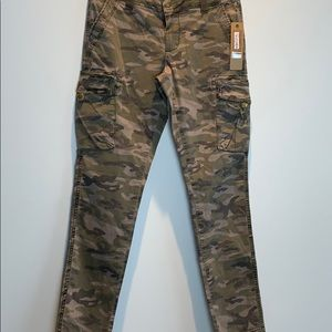 Kersch camouflage pants